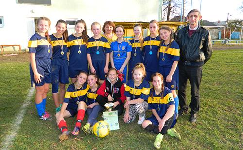 Команда Дзвиняча – переможець Чемпіонату району серед дівчат U-17
